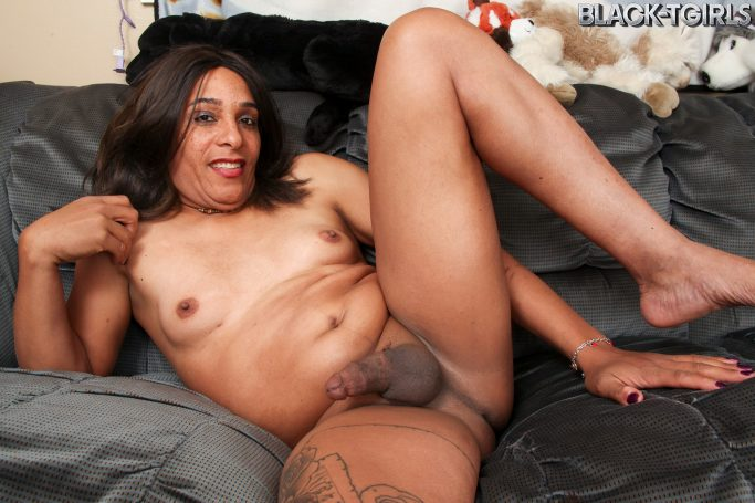 Kiki Winters Black TGirls